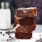 Blackcurrant flavoured cheesecake brownies